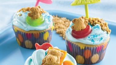 Teddy-at-the-Beach Cupcakes