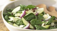 Skinny Tangy Spinach and Apple Salad