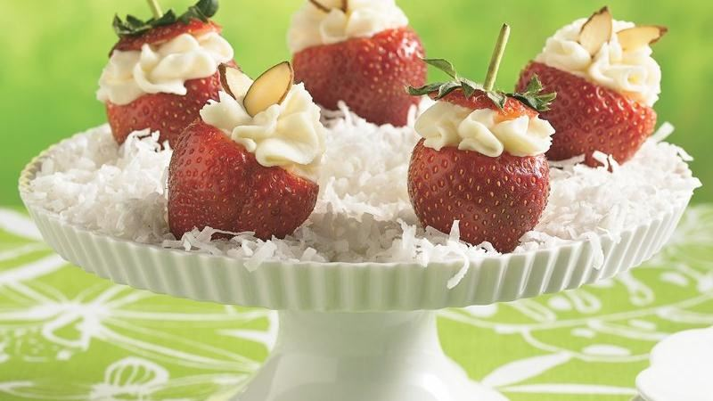 Mascarpone-Filled Fresh Strawberries