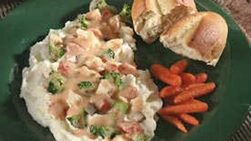 Potatoes Under Creamy Chicken