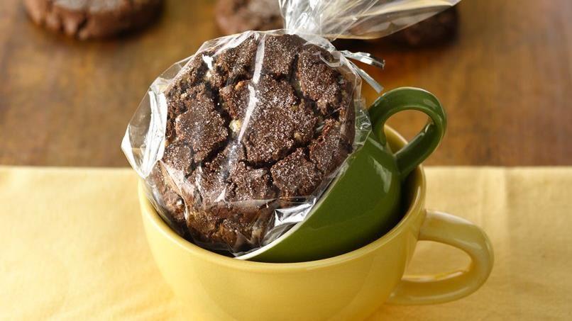 Chocolate Toffee Crinkle Cookies