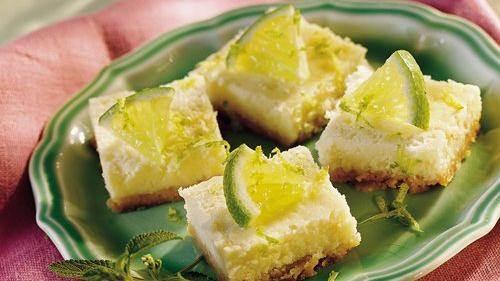 Red Velvet Cheesecake Mini Pies Recipe From Betty Crocker