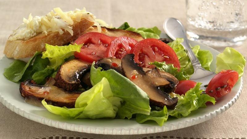 Broiled Portobello Mushroom Salad