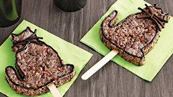 Black Cat Rice Cereal Treat Pops