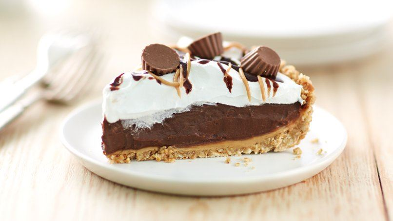 Reese's™ Peanut Butter Cup Icebox Pie recipe from Betty Crocker
