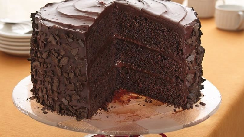 """""""All-the-Stops"""" Chocolate Cake"""