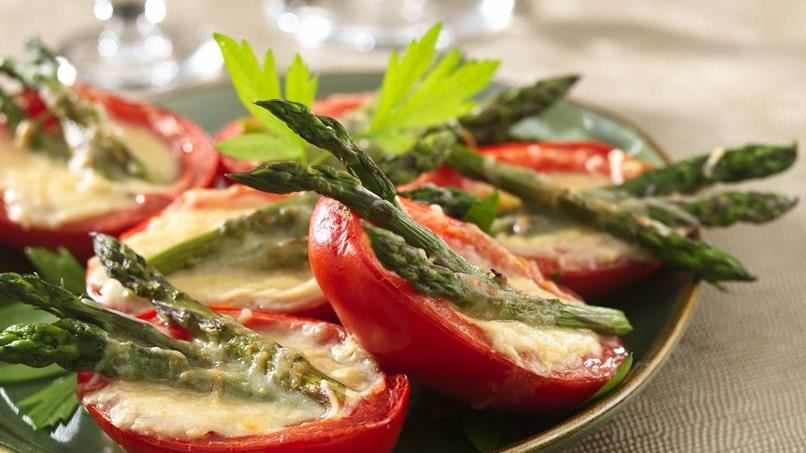 Roma Tomatoes with Asparagus and Hollandaise