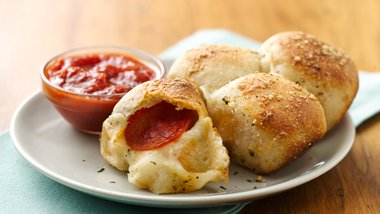 Stuffed Crust Pizza Snacks