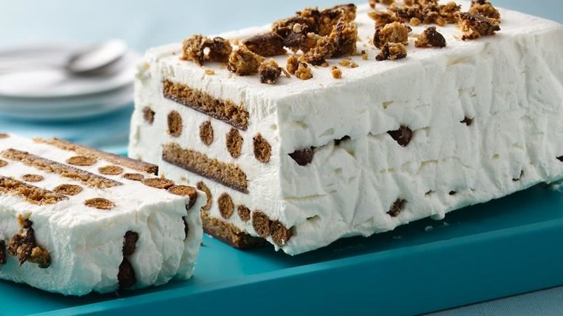 Frozen Chocolate Granola Cream Cake
