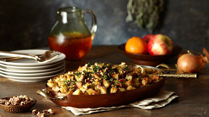 Focaccia Stuffing with Apples and Pancetta