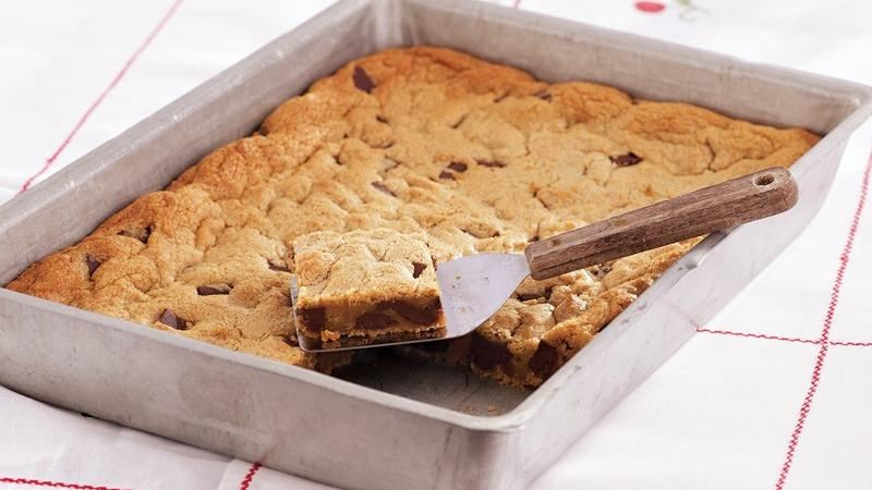 Chocolate-Peanut Butter Blondies