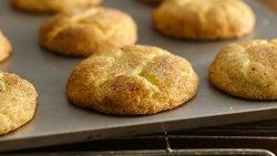 Gluten-Free Bisquick™ Snickerdoodles