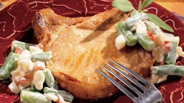 Pork Chops with Creamy Gravy and Vegetables