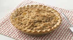 Extra Easy Streusel Apple Pie