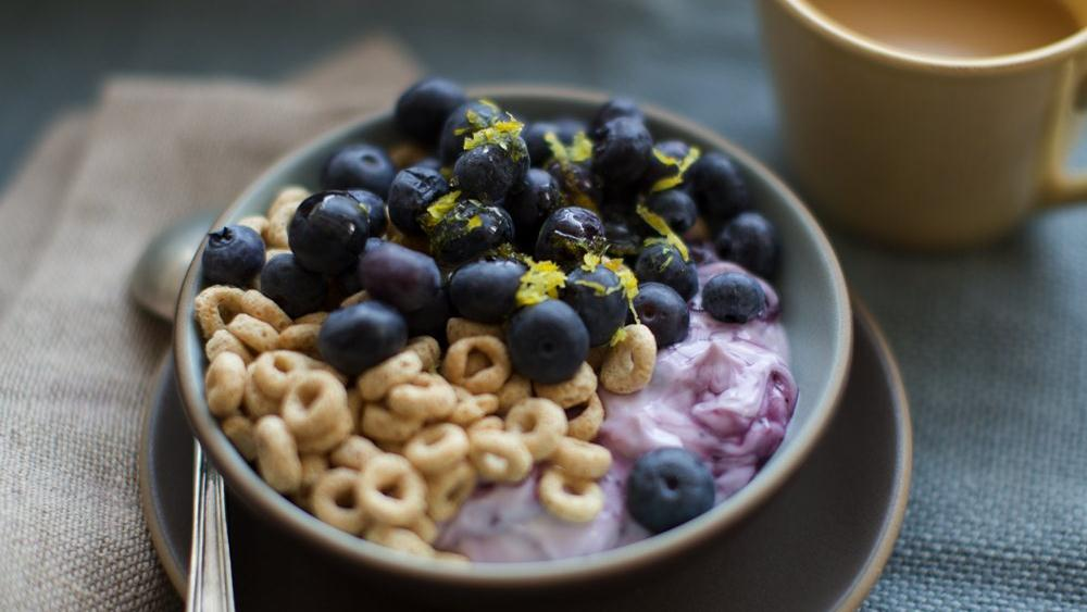 Blueberry Lemon Cheerios®