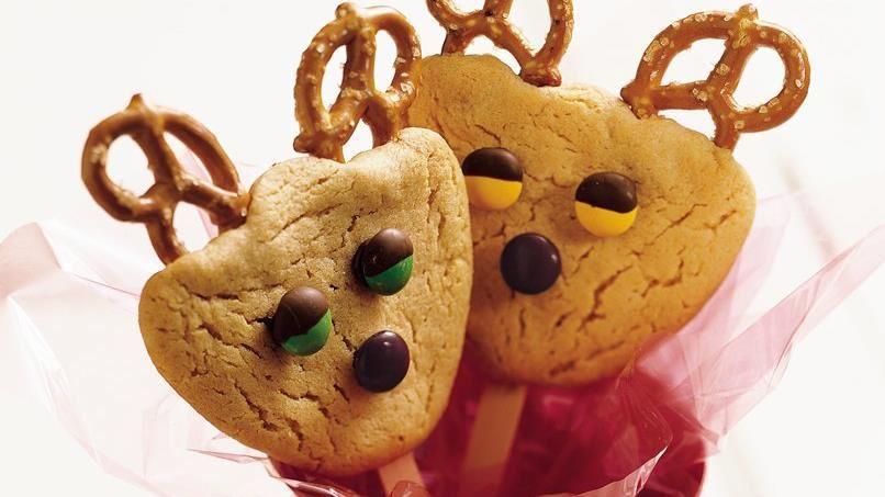 Reindeer Peanut Butter Cookie Pops