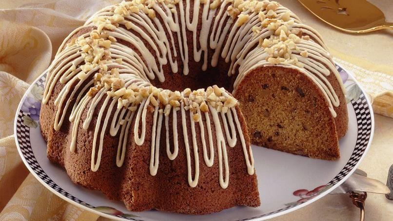 Nutty Graham Picnic Cake