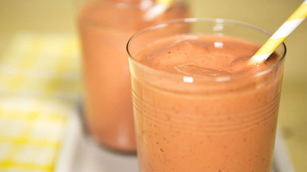 Super Strawberry Banana Smoothies
