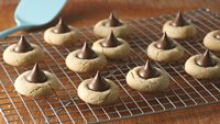 Peanut Butter Blossoms (Cookie Exchange Quantity)