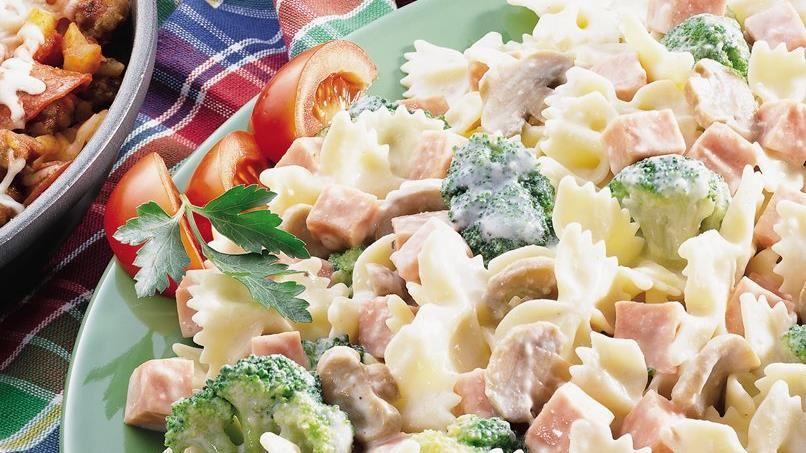 Creamy Bow Tie Pasta with Broccoli and Ham