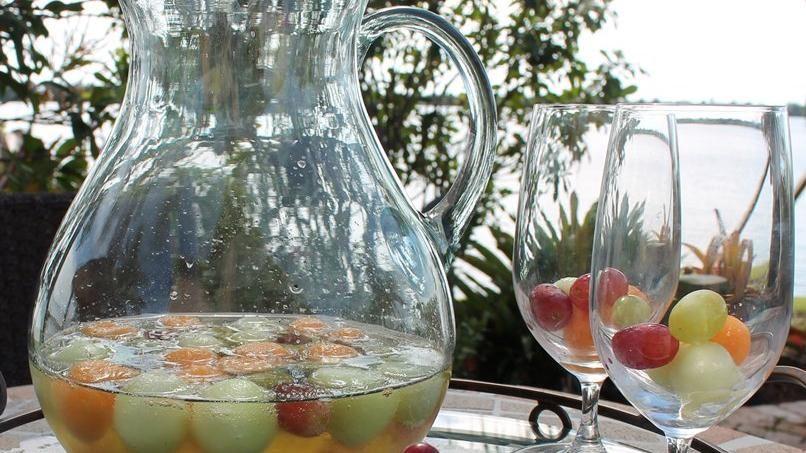 Ponche de Vino Blanco y Frutas