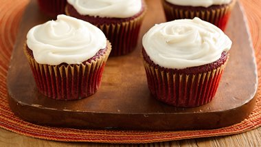 Skinny Red Velvet Cupcakes with Cream Cheese Frosting
