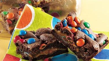 Chocolate-Caramel Cake Bars