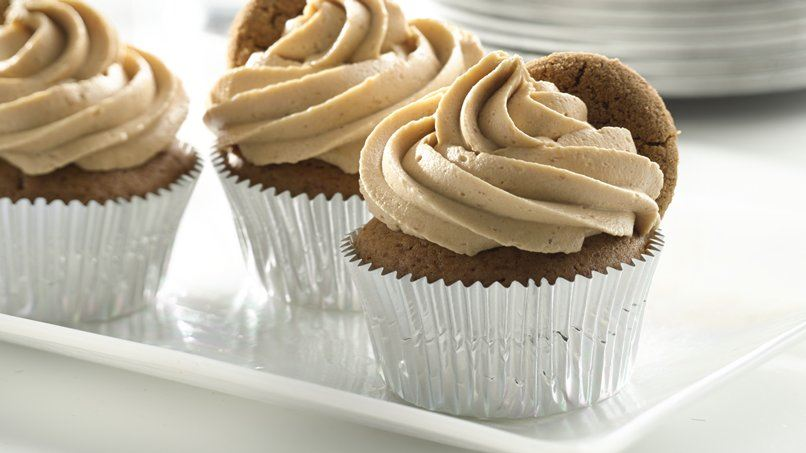 Gingerbread Cupcakes with Cookie Butter Frosting