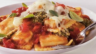 Pesto-Ravioli Casserole
