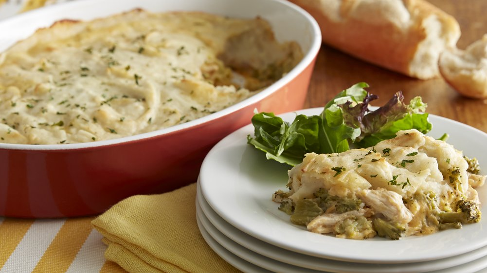 Potato-Topped Cheesy Broccoli-Chicken Casserole