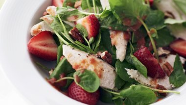 Skinny Citrusy Strawberry-Chicken Salad