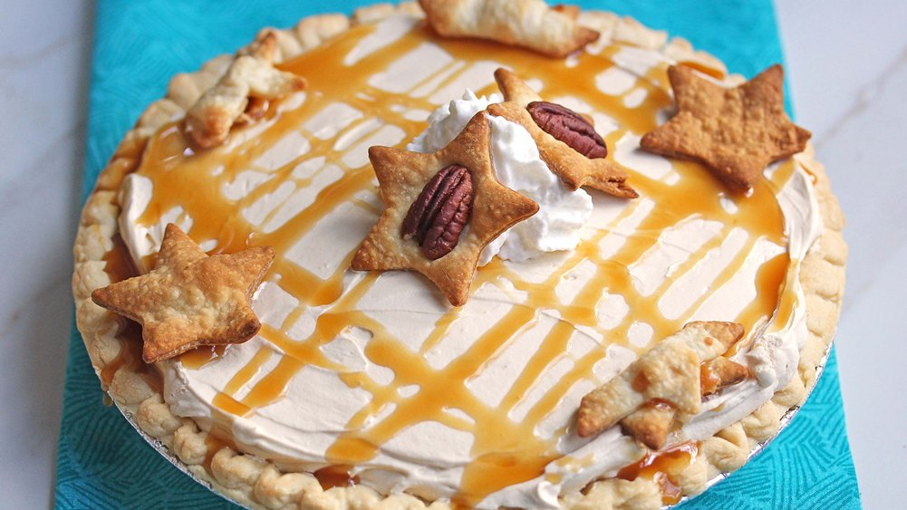 Salted Turtle-Cream Cheese Pie