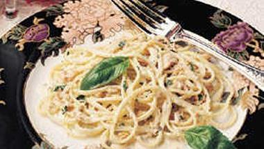 Herbed Clam Linguine