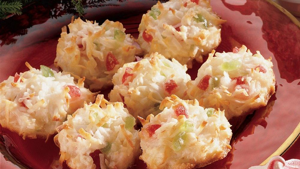 Festive Coconut Macaroons
