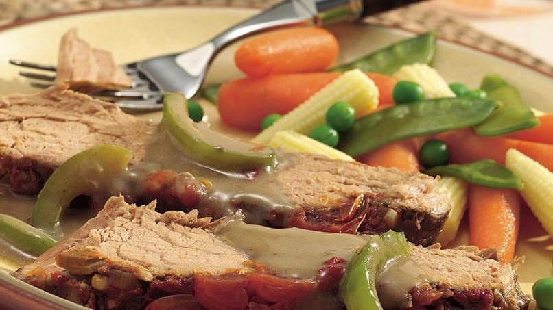Slow-Cooker Swiss Steak with Chipotle Chile Sauce
