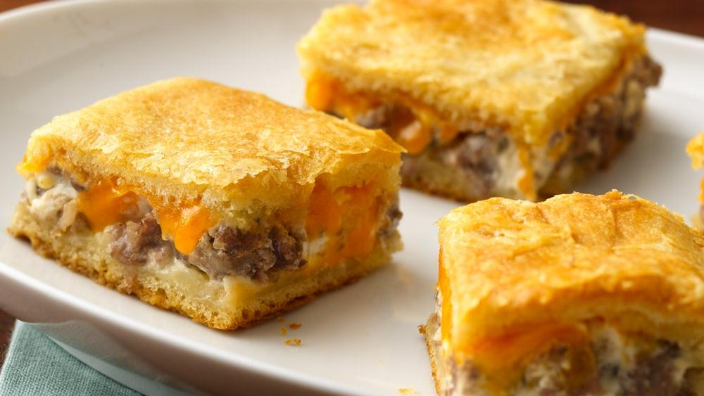 Sausage And Cheese Crescent Squares Recipe From Pillsbury Com