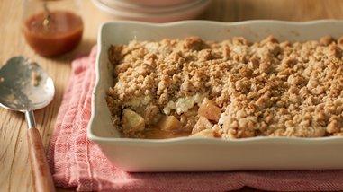 Salted Caramel Apple Cheesecake Crisp