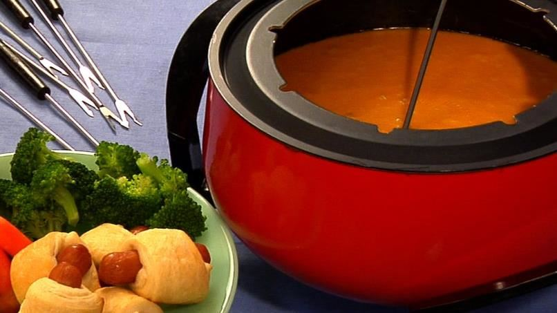 Aged Cheddar and Stout Fondue