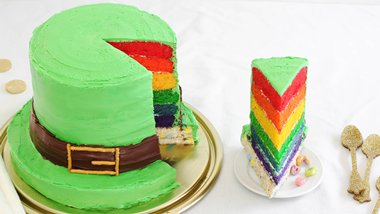 Lucky Charms® Leprechaun Hat Cake