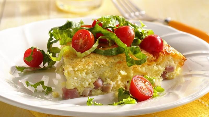 Impossibly Easy Chef's Salad Pie
