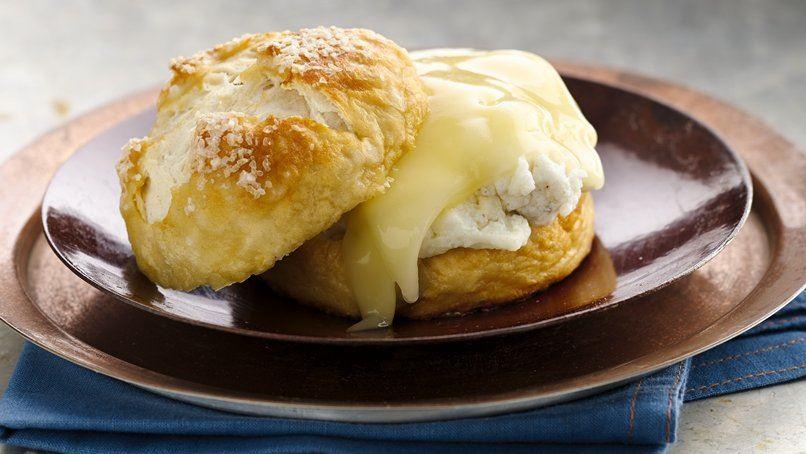 Soft Pretzel Breakfast Sandwiches