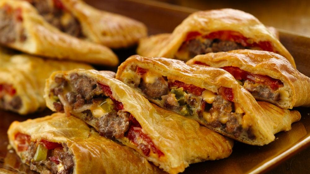 Bacon-Cheeseburger Calzones