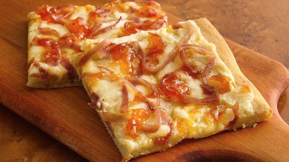 Blue Cheesy Prosciutto Appetizer Pizza
