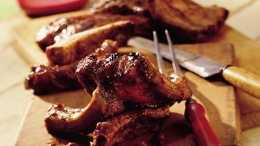 Grilled Baby Back Ribs with Spicy Barbecue Sauce