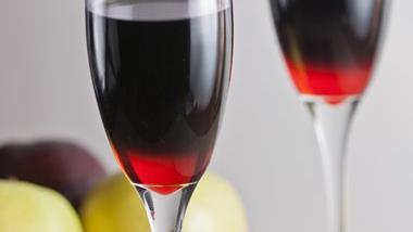 Pomegranate-Apple Brandy Cocktails
