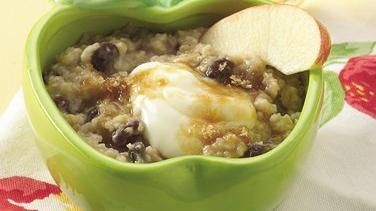 Creamy Apple-Raisin Oatmeal