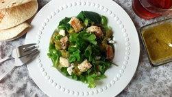 Ensalada de Pollo y Kale con Vinagreta de Tomatillos