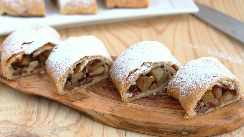 Apple Strudel recipe from Pillsbury.com