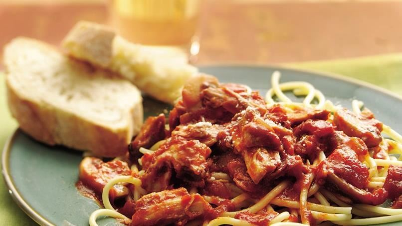 Slow-Cooker Chunky Pork and Mushroom Spaghetti Sauce