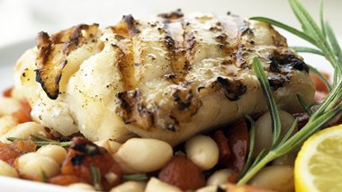 Skinny Fish with Tomato and Cannellini Relish